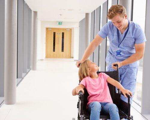 Curso de Auxiliar de Saúde e Geriatria
